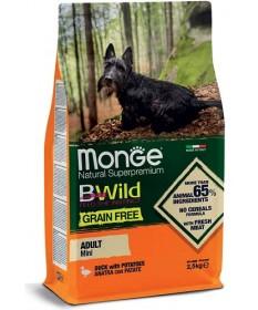 Monge Natural Superpremium BWild Grain Free per Cani Adult Mini con Anatra e Patate da 2,5 Kg